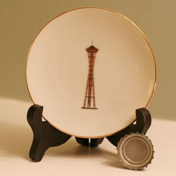 Tiny, Perfect Seattle Souvenir Plates of the Space Needle