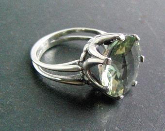 Crown Ring-Green