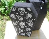 Happy Skull coffin Purse