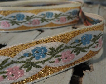 7/8 in. Vintage Ribbon Trim Pink and Blue Embroidered Roses Gold Metallic Edge 3 yds.