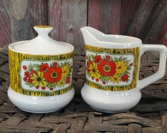 Vintage Retro Cream and Sugar Set Woodgrain Red Yellow Flowers