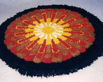 Vintage Pure Wool round Carpet