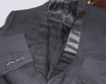 Vintage Tuxedo for Conservatives Classis Dressers