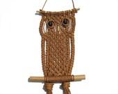 Macrame Owl Wall Hanging - 1970s Vintage - Handmade