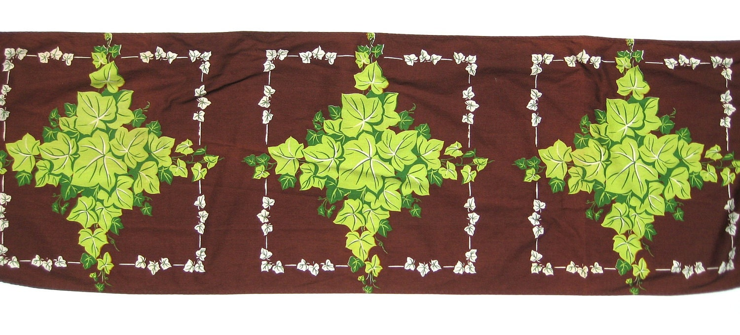 Vintage ivy print cotton table runner 16 x 102 by uncommoneye for 102 table runners