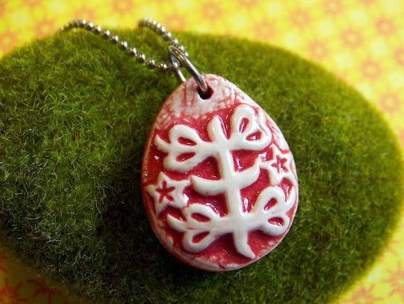 Baha'i Ringstone Symbol- stoneware pendant necklace