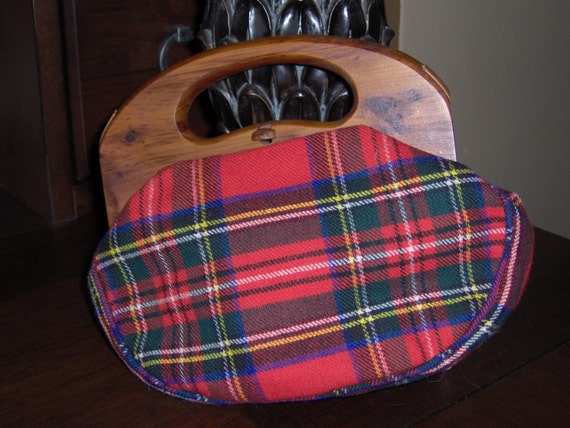 Vintage H. A. and E. Smith Ltd.  Bermuda Handbag or purse. The BERMUDA BAG by Smiths.  Red Plaid WOOL and BRAND NEW.