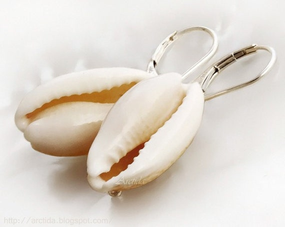 Sea shell jewelry - Cowry sea shell earrings in sterling silver - Iredale