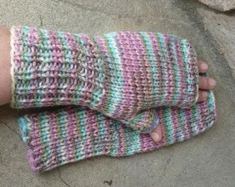 Easter ----- fingerless gloves --- medium