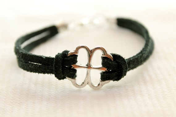 4 Leaf Clover good luck charm bracelet (dark green)