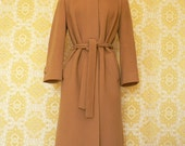 Gorgeous Vintage FITTED STYLE TRENCH COAT in Camel Color sz XS-S