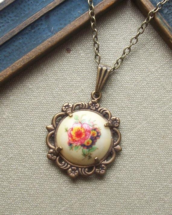 English Garden, Glass Button Cab Necklace