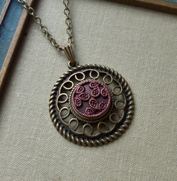 Red Clover, Antique Button Necklace