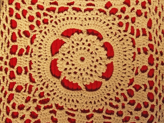 Hand-crocheted Lace on Red -  BLANK 5 X 7 NOTECARD frameable Art Photo with FREE Origami Crane