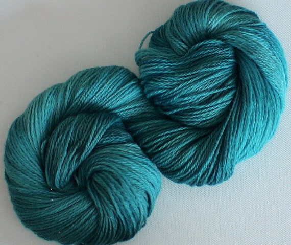 Handpainted hand dyed bfl fine dk yarn Hebridean colours Sparkling Sea 3.3ozs 320yds approx 15wpi