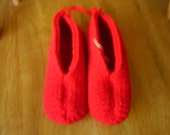 Red Chunky Knitted Adult Size Small Slipppers (Shoe size 5/6)