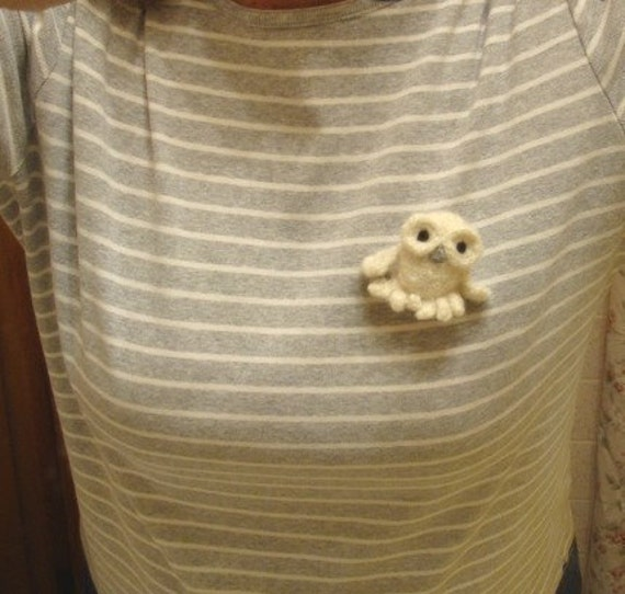 PATTERN  PDF- Crocheted and Felted Snowy White Owl Brooch - PATTERN