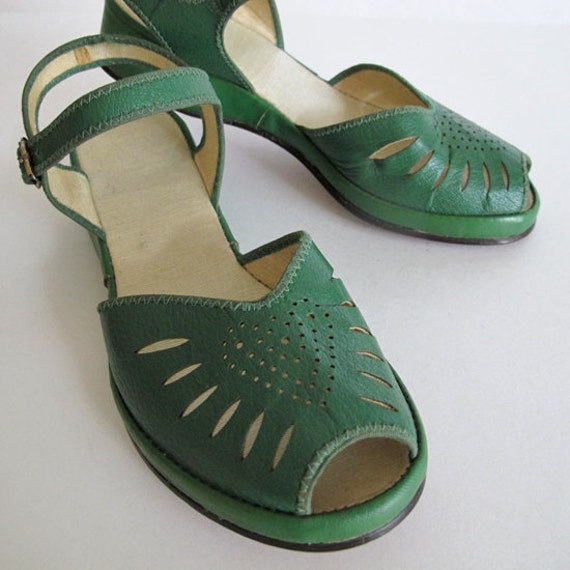 Green 40's Platform Sandals (10731)