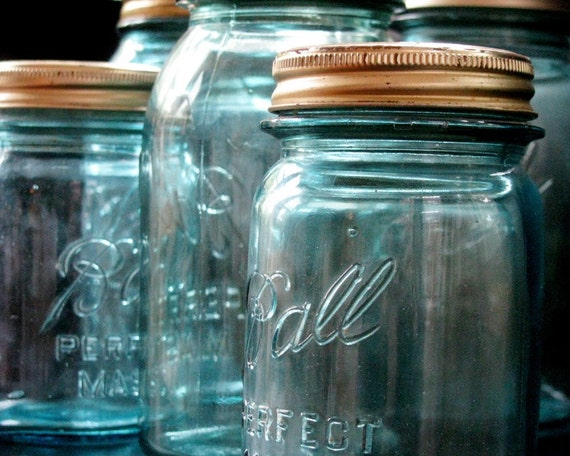 5 vintage blue ball perfect mason glass jars in 2 sizes. Black Bedroom Furniture Sets. Home Design Ideas