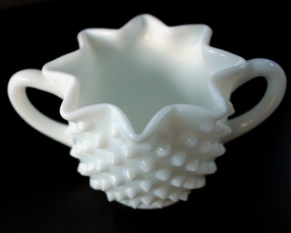 Vintage Sugar Bowl - Fenton Hobnail Vintage Milk Glass Full Star-Shaped c. 1940s