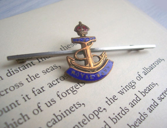 Royal Navy vintage anchor brooch - british naval tie pin - 1940s