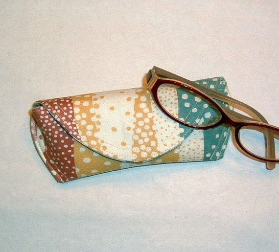 Eyeglass Case or Sunglass Case - Pebbled Paths