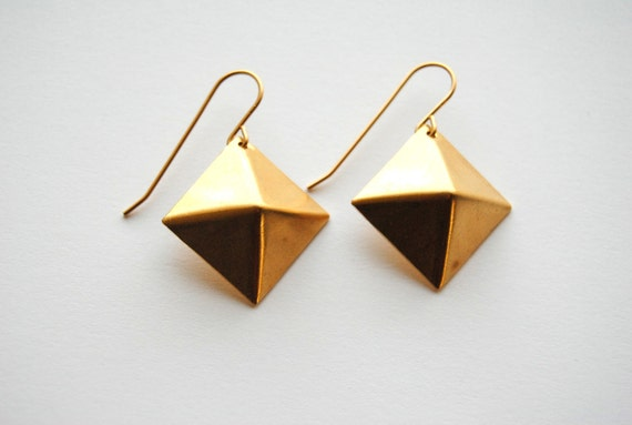Gold Stud Earrings - Handmade Jewelry - Free Shipping in the US