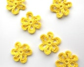 Crochet flower appliques - in bright yellow - 6 petals loopy flower