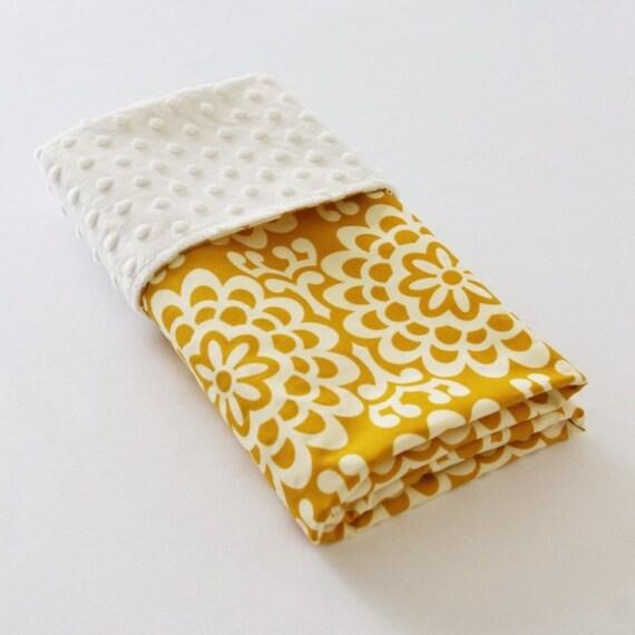 Yellow Marogold Minkie Blanket