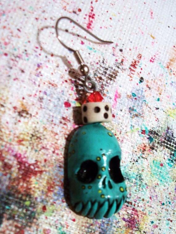 Silly Skull Single ZombieHead Earring