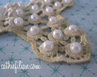 Lace Collar BIB - Tea Stain Tan - for Jewelry Making, Altered Couture Art, APPLIQUE