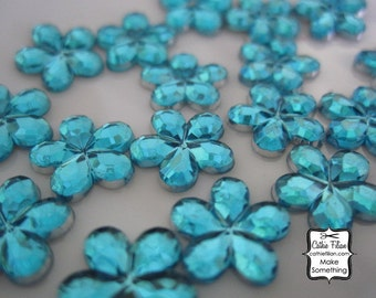 300 Turquoise flower rhinestones - loose gems, crystals 1 oz. - wedding party invitation
