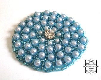 Pearl and Rhinestone Applique - Ocean Blue - Beaded Round