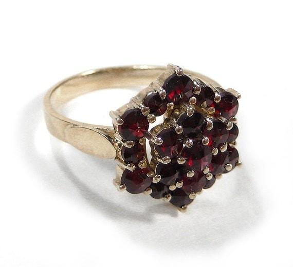 Antique victorian ring garnet cluster ring 14k hallmark late for Star hallmark on jewelry