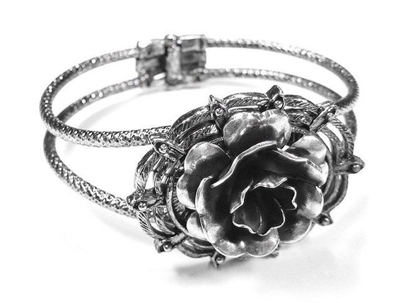 Victorian Style Silver Bracelet with Large Silver Rose - GORGEOUS