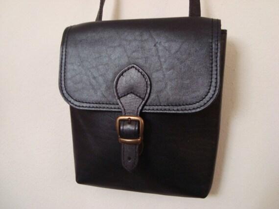 SALE Scout - Simple Black Leather Saddle Bag Purse.