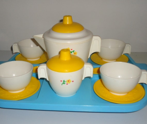 COMPLETE Tea Set by FISHER PRICE 1982