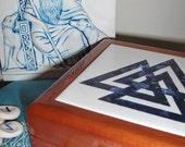 Asatru  -  Odinic Valknut  -  Ceramic Tile Keepsake Box