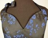 Midnight Rose, a heart-shaped bib apron