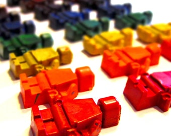 Kids BUILDING BLOCK MEN Crayons - Recycled Crayons - Building Block Men Rainbow Crayons (Set of 8 Recycled Crayons)