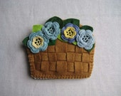 basket of flowers needle book