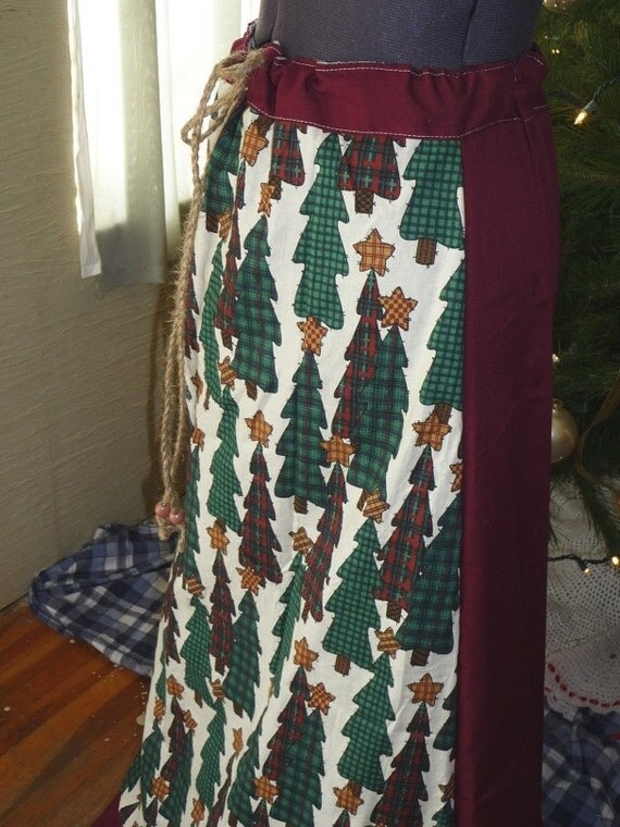Christmas tree skirt handmade long by hippiehousedesigns