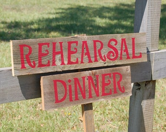 Rehearsal Dinner Sign on Stake. ANY COLOR & YOUR WoRdS. Hand Painted. Outside Decorations. Eco Wedding. Outdoor Wedding Rustic Wedding Signs