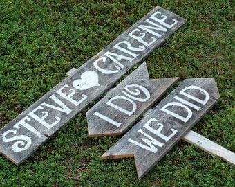 Wedding Signs Romantic Outdoor Weddings I Do We Did Arrow Sign Hand Painted Reclaimed Wood. Rustic Weddings. Vintage Weddings. Road Signs.