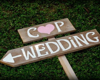 Rustic Wedding Signs Romantic Outdoor Weddings Intials LARGE Hand Painted Reclaimed Wood. Rustic Weddings. Vintage Weddings. Road Signs.