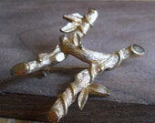 Letter H, Sarah Coventry Gold Letter Bamboo Leaf Brooch