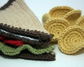 Lunch Time Crochet Pattern - PDF  (Peanut Butter and Jelly sandwich, BLT sandwich, chips and cookies)