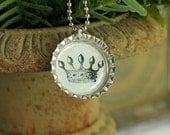 Vintage Style Crown Image in Silver Bottle Cap Pendant
