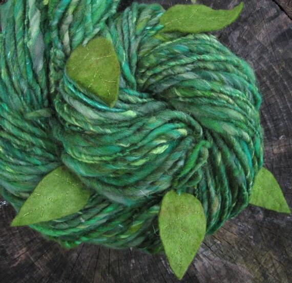 Leafy - handspun wool yarn with felt leaves