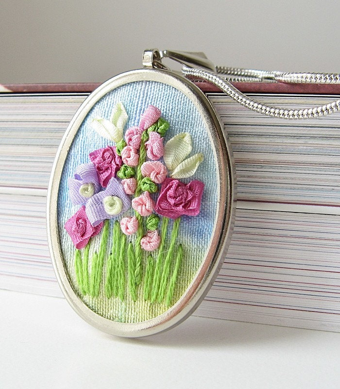 Flower garden necklace silk ribbon embroidery